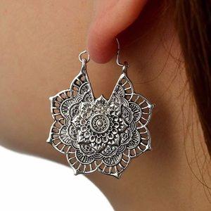 Mándala hoop earrings